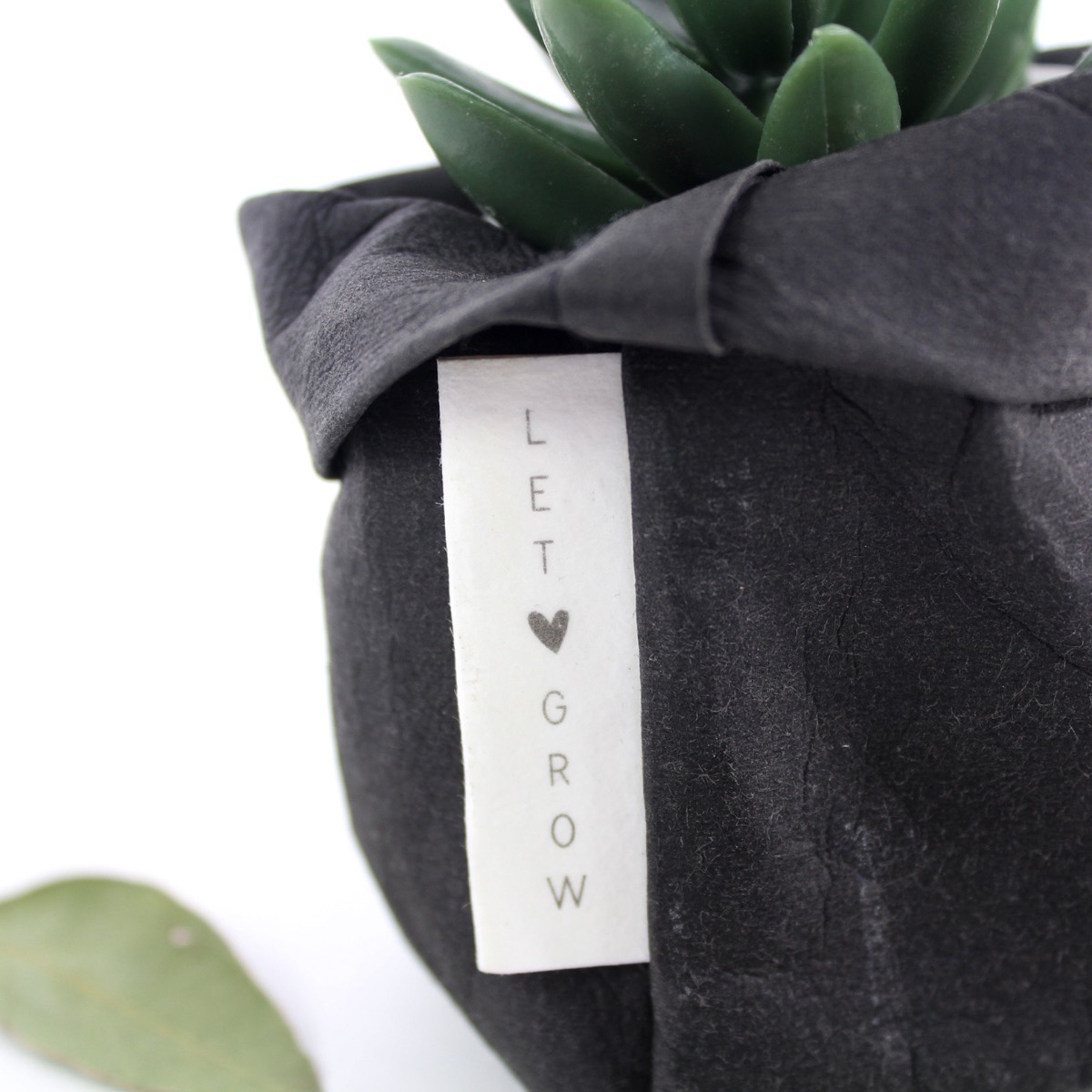 Washable paper bag - ZWART